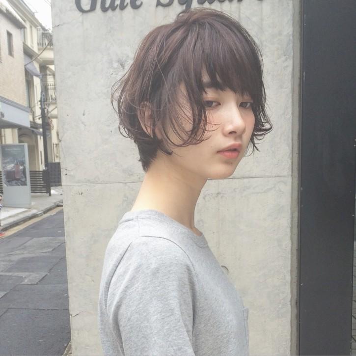 丸顔でも似合うショートヘアカタログ01